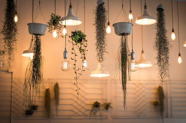 Licht- und Kraftanlagen